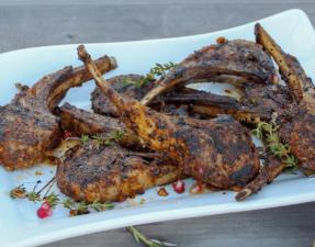 Enjoy our recipe for Costolette d'agnello alla Marocchina.